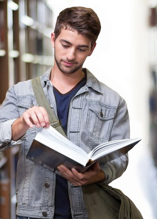 college student, library, books-3500990.jpg